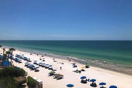 Condo Activity at the Beach | Long Key Vacation Rentals