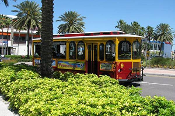 Clearwater Beach Trolly | Long Key Vacation Rentals