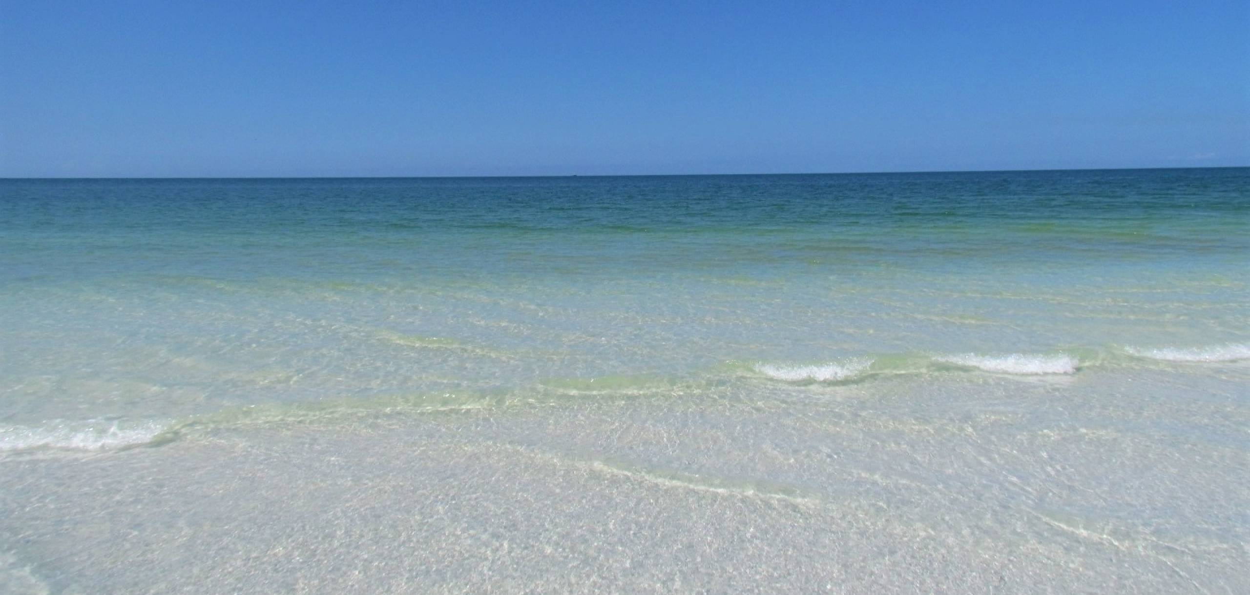 Indian Rocks Beach Waves | Long Key Vacation Rentals
